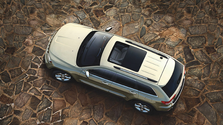 2011-Jeep-Grand-Cherokee-sunroof